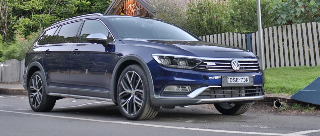 Volkswagen_Passat_Alltrack_Wolfsburg_wagon