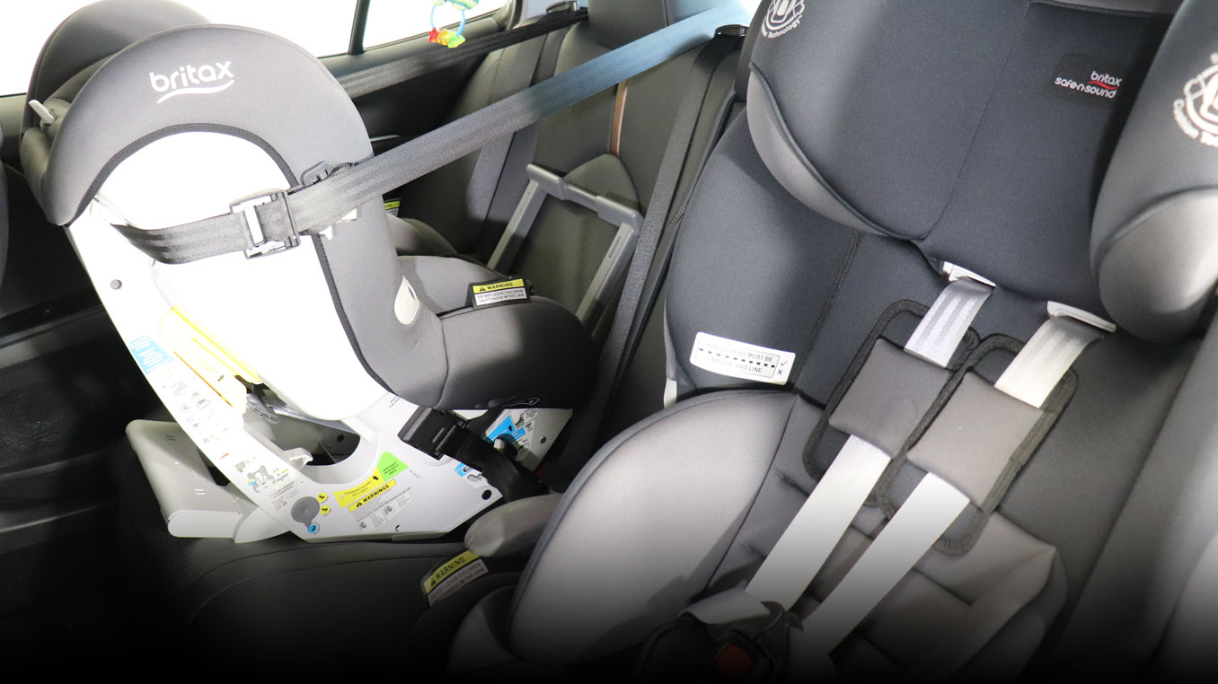 Child seats installed in car