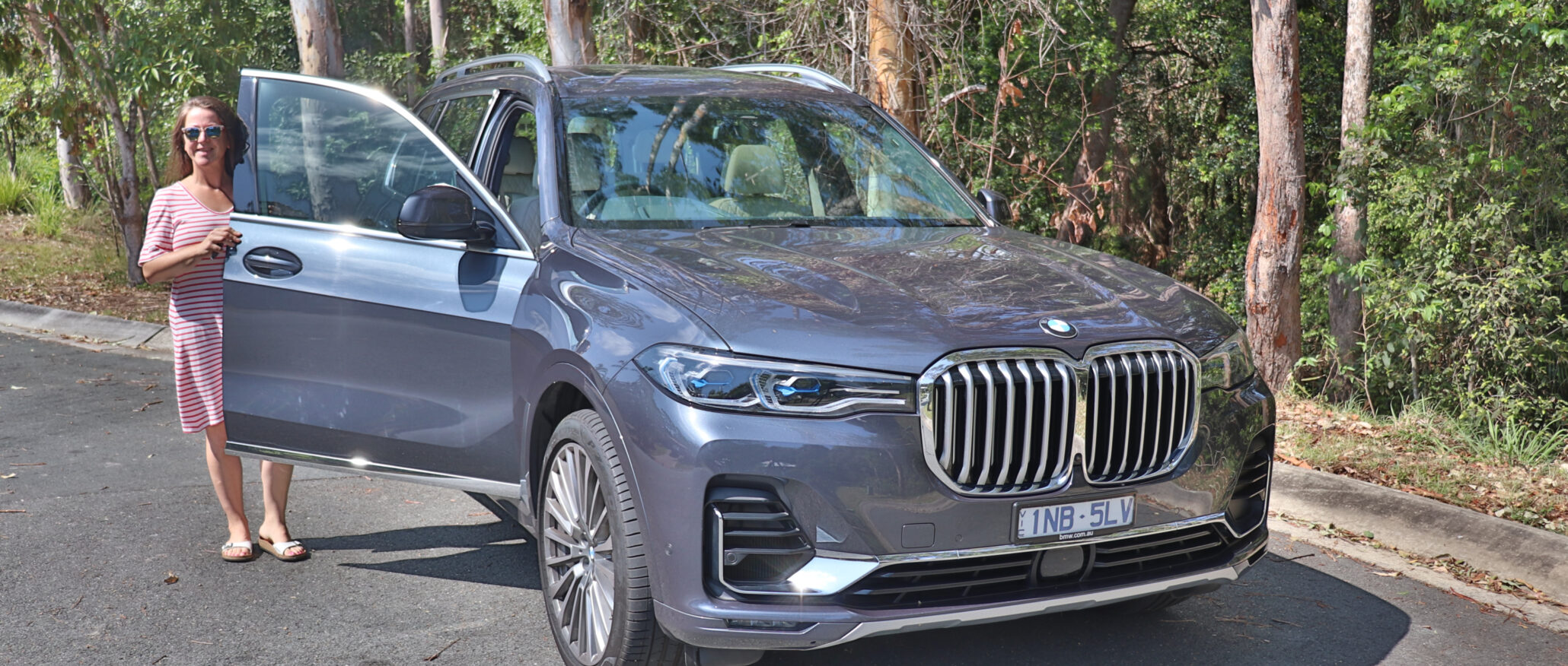 2019 BMW X7 SUV family car review - BabyDrive