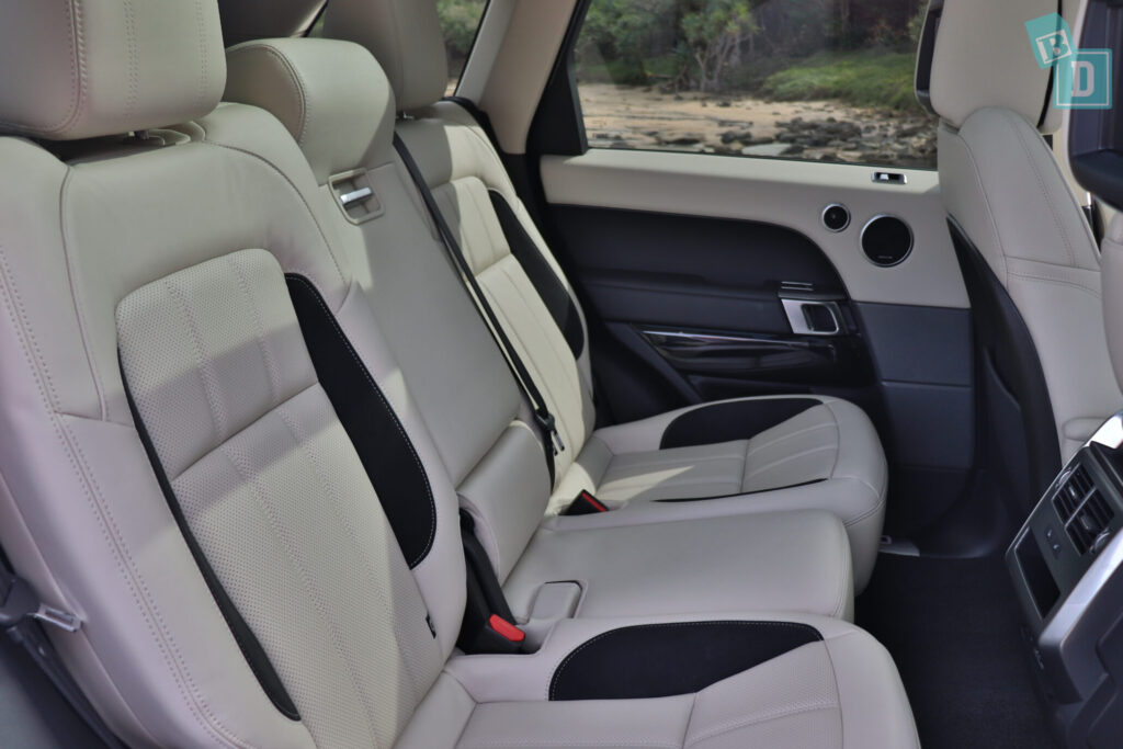 Range Rover Sport 2020 HSE R-Dynamic second row legroom