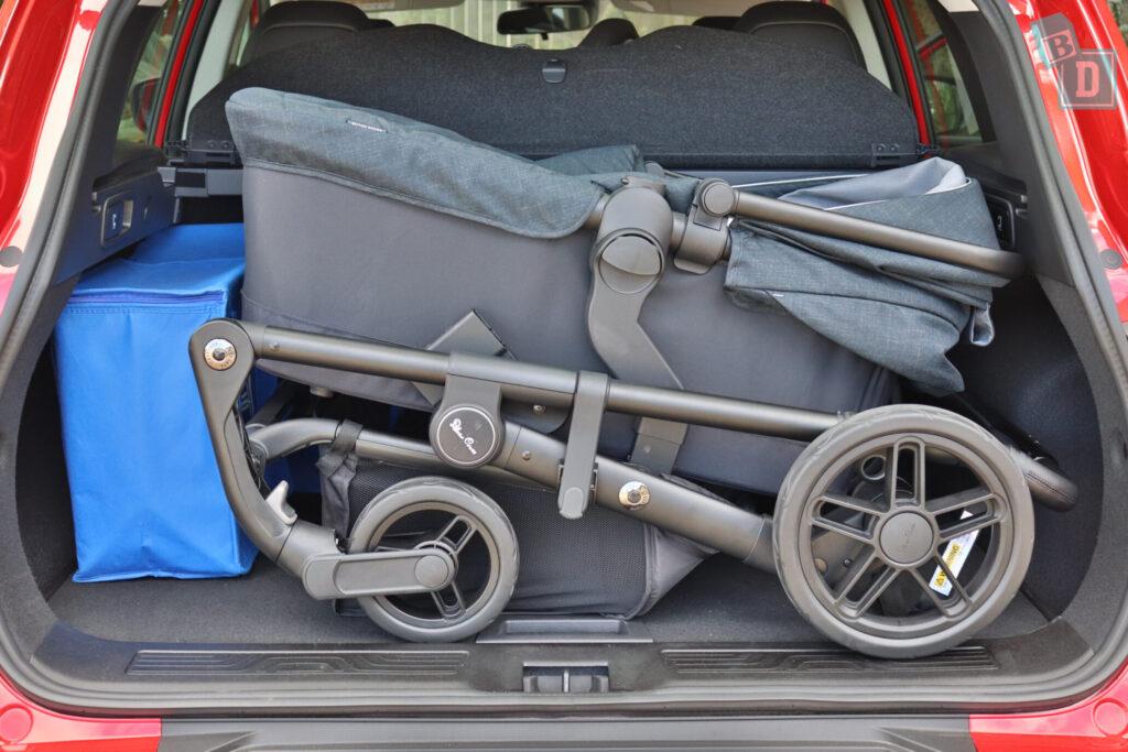 Renault Kadjar Zen 2020 boot space with pram