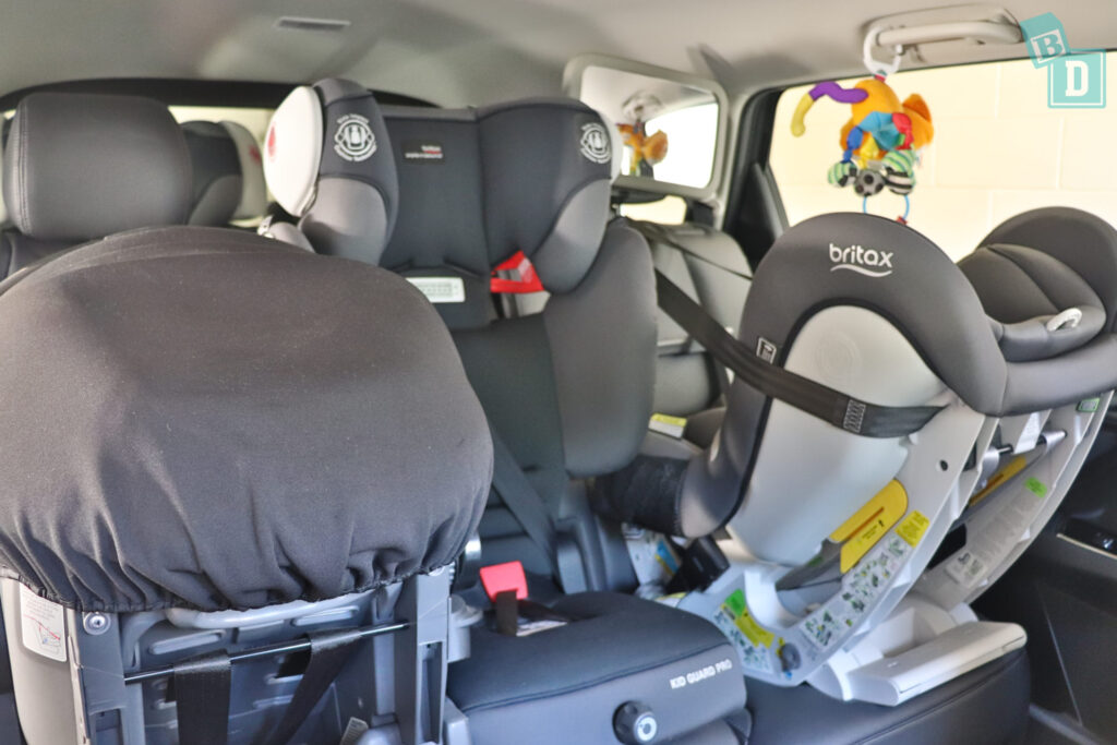 MAZDA CX-9 Touring 2020 with three child and baby seats installed across the second row