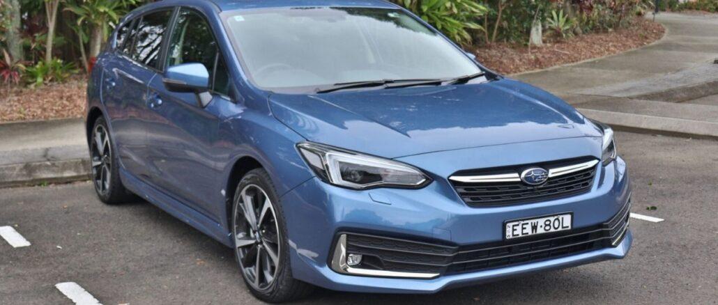 Subaru Impreza 2020 2.0i-S top family car review