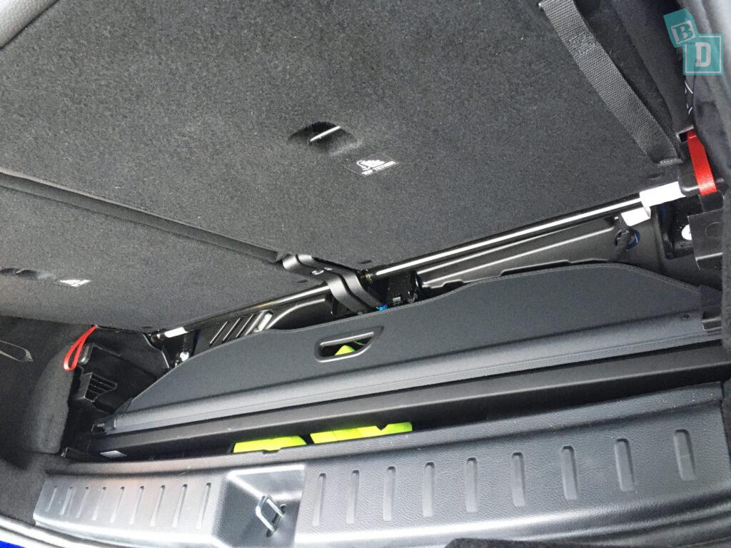 Mercedes-Benz GLB 2020 cargo blind storage
