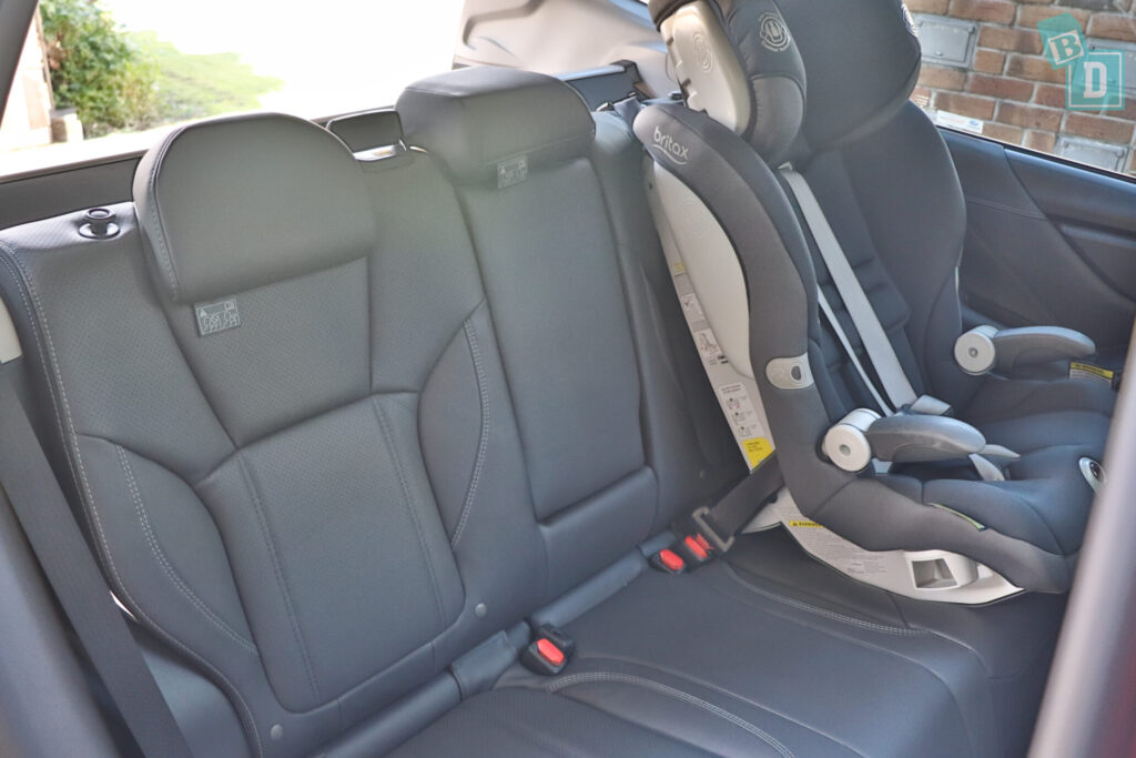 Subaru Forester Hybrid 2020 with child seats installed