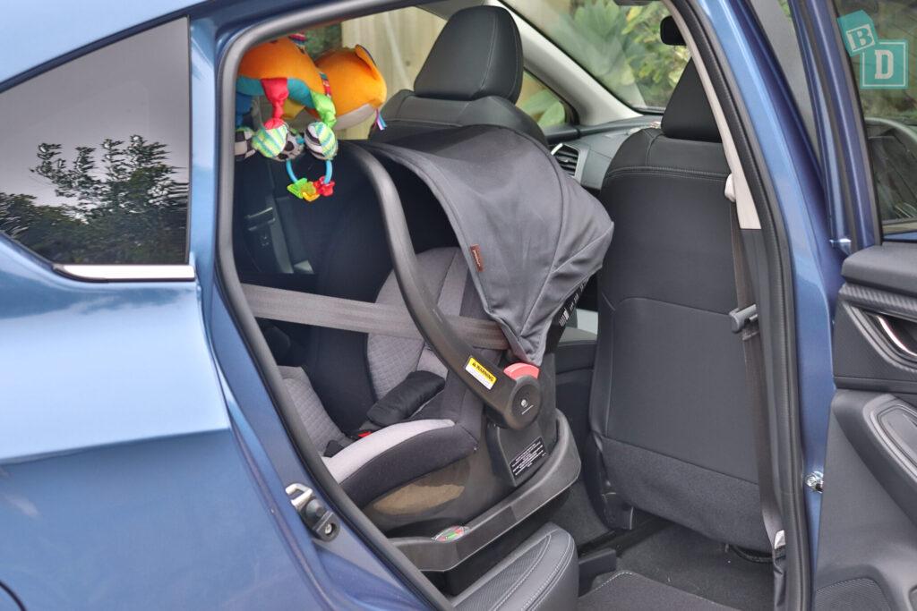 Subaru Impreza 2020 2.0i-S legroom with rear facing infant capsule child seat installed