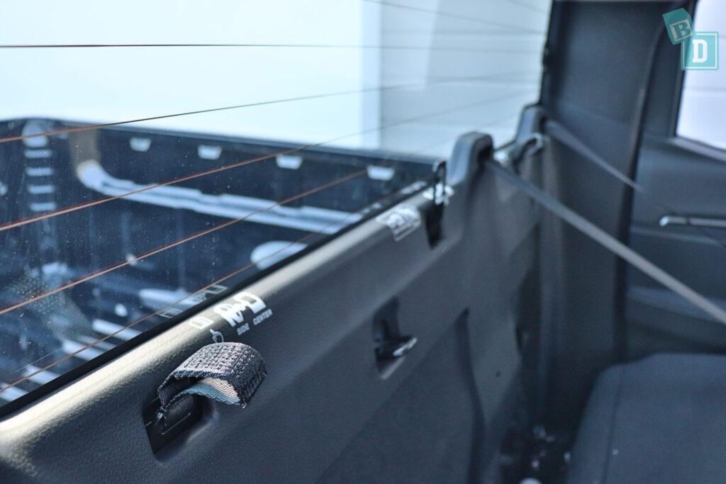 Isuzu D-Max 2021 child seat top tether anchorages