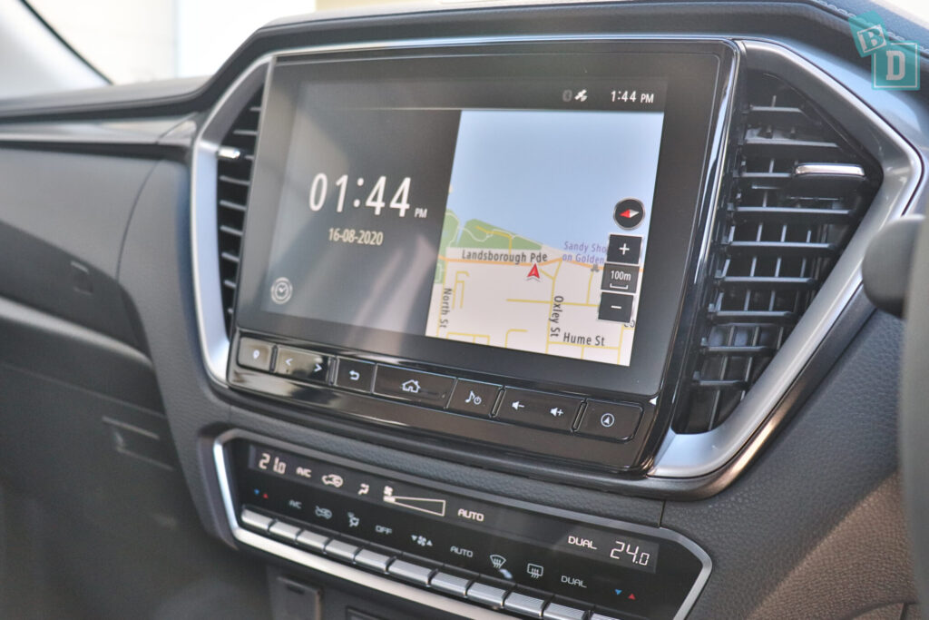 New Isuzu D-Max touchscreen
