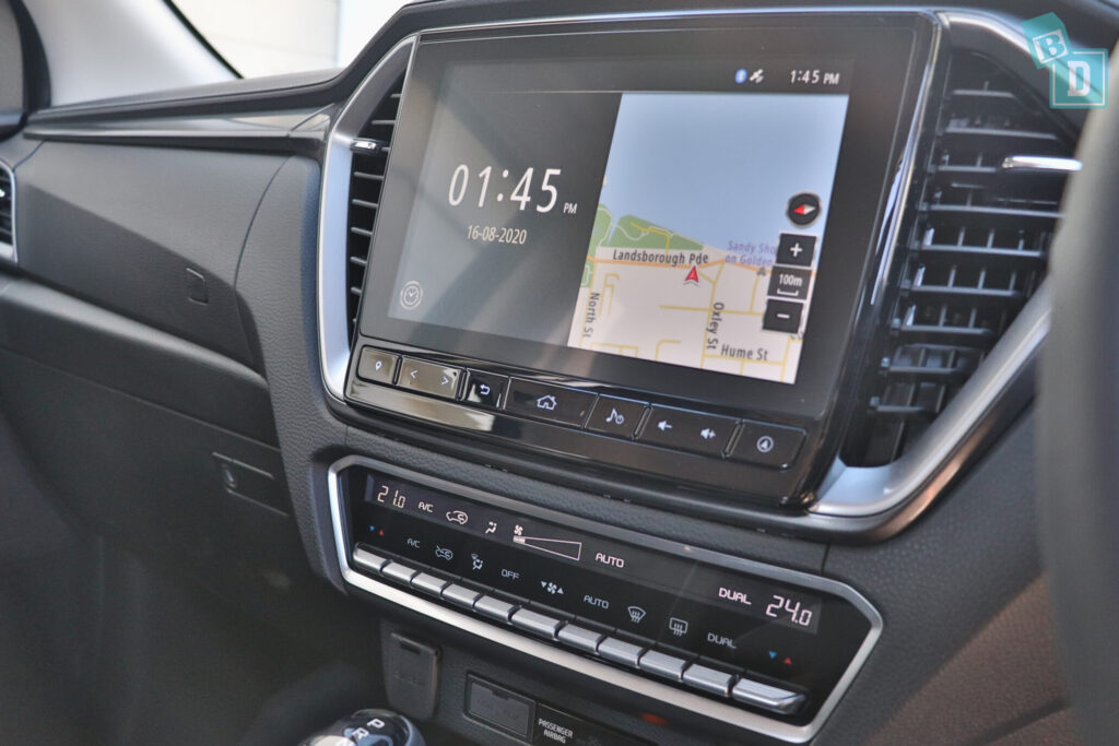 Isuzu D-Max 2021 has good media system and dual-zone climate control