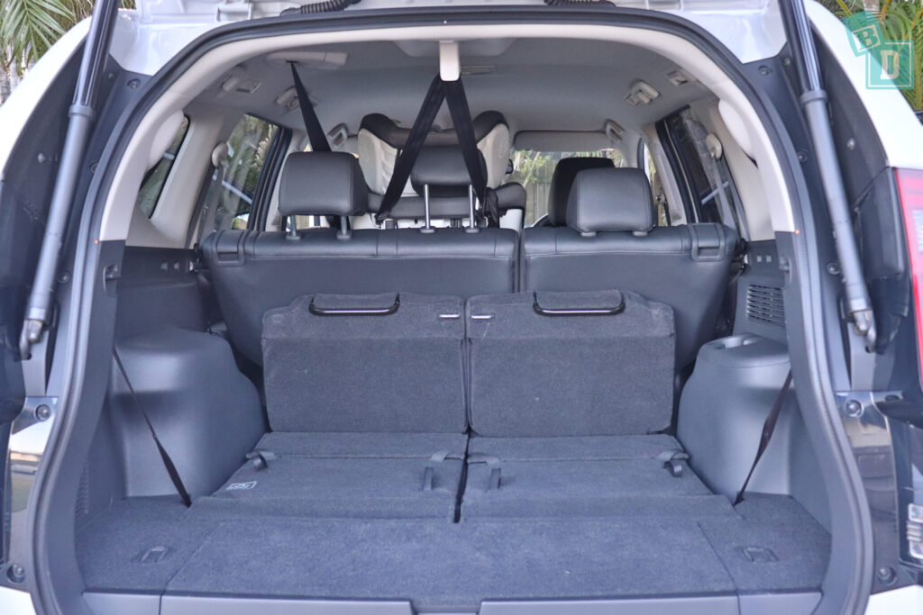 MITSUBISHI PAJERO SPORT child seat top tether anchorage