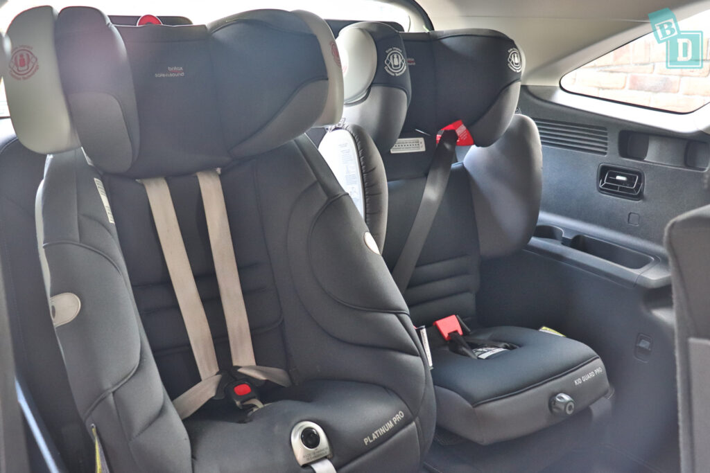 2021 Kia Sorento Sport and GT-Line with two child seats installed in the third row