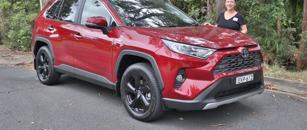 2021 Toyota RAV4 Cruiser Hybrid Top 3 family friendly features