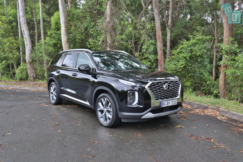 2021 Hyundai Palisade Highlander family car review