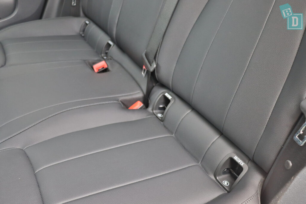2021 Mercedes-Benz GLA 250 has two sets of ISOFIX child seat anchorages