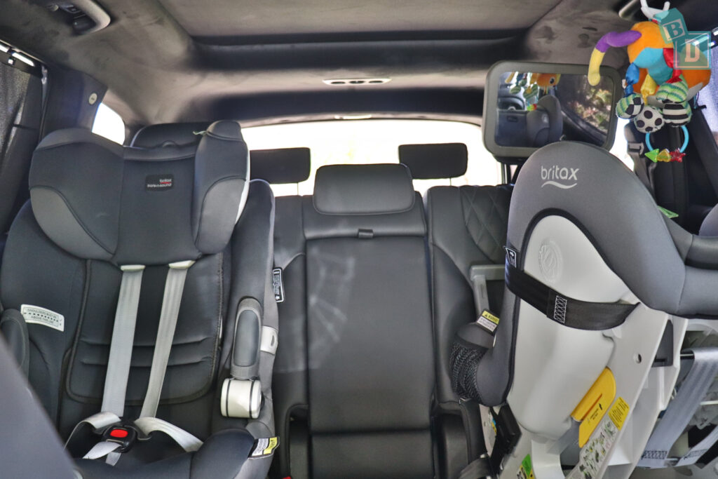 2021 Hyundai Santa Fe Highlander space between two child seats installed