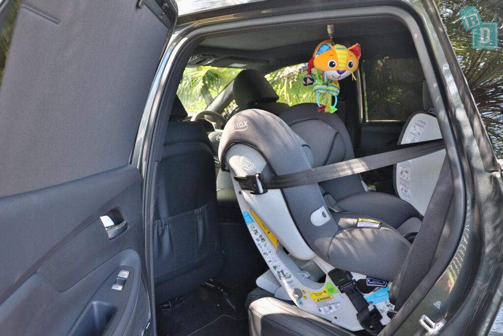 2021 Hyundai Santa Fe Highlander legroom with rear-facing child seats installed