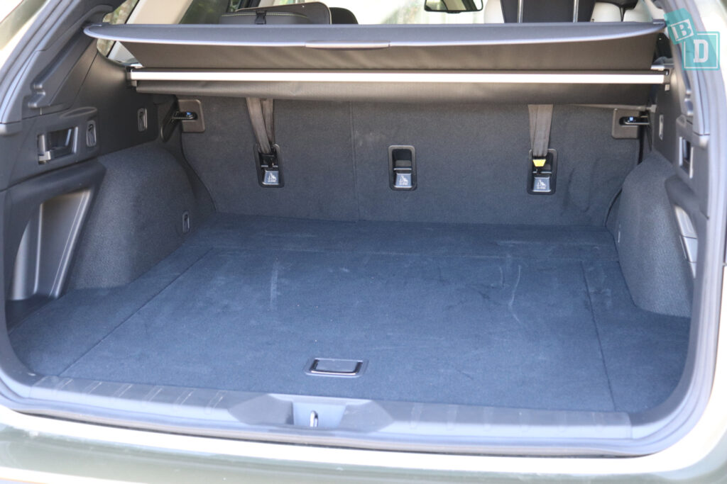 2021 Subaru Outback top tether child seat anchorages in the second row
