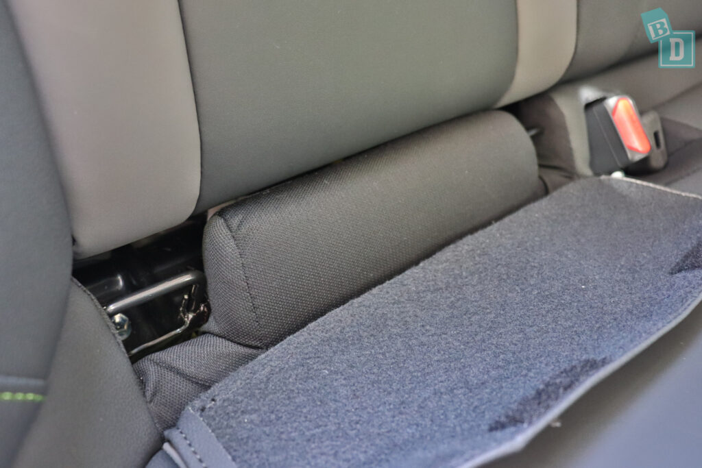 2021 Subaru Outback ISOFIX child seat anchorages in the second row