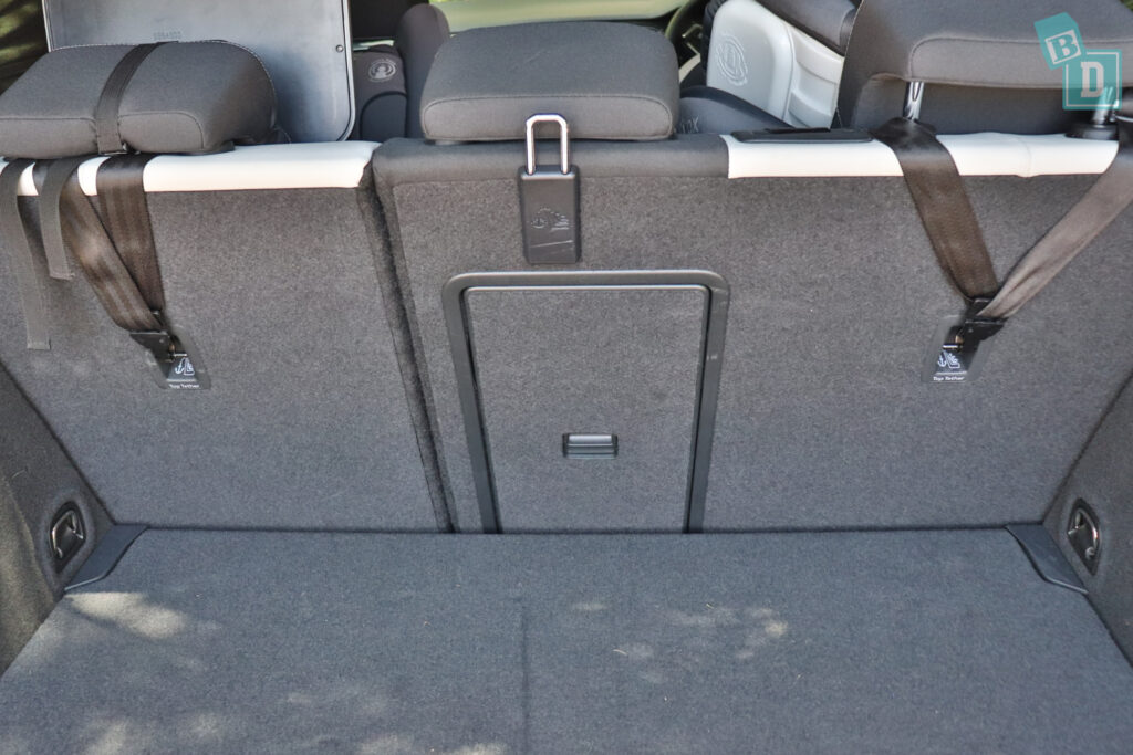 2021 Volkswagen T-Roc Sportline top tether child seat anchorages in the second row
