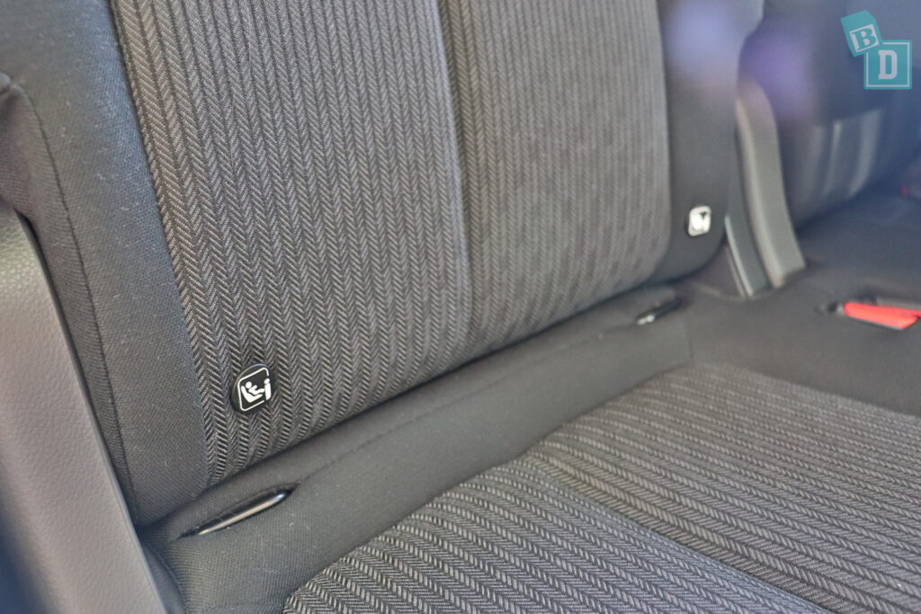 2021 Mitsubishi Eclipse Cross ISOFIX child seat anchorages in the second row
