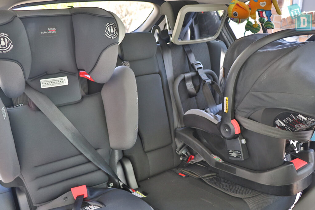 2021 Mitsubishi Eclipse Cross space between two child seats installed in the second row