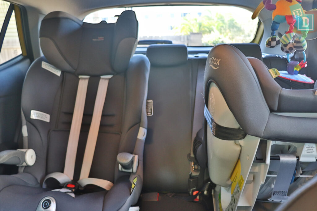 2021 Kia Stonic GT Line space between two child seats installed in the second row