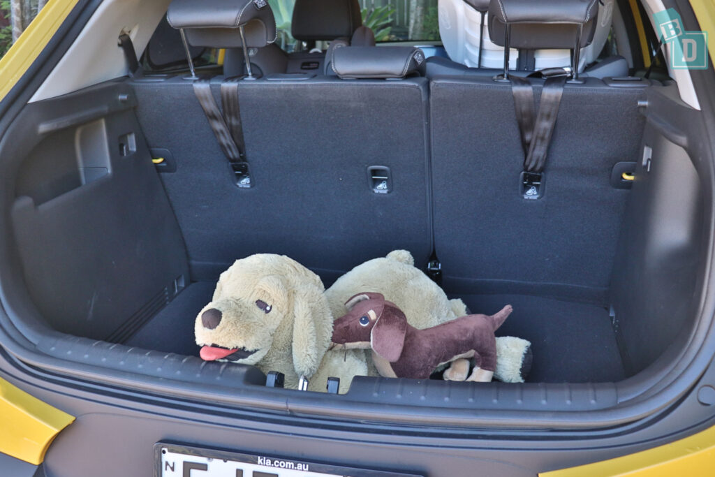 2021 Kia Stonic GT Line boot space for dogs with two rows of seats in use
