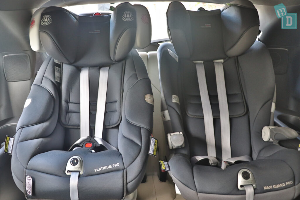 2021 Mazda CX-9 with two child seats installed in the third row