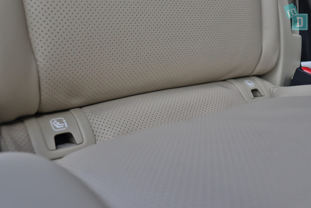 2021 Mazda CX-9 ISOFIX child seat anchorages in the second row