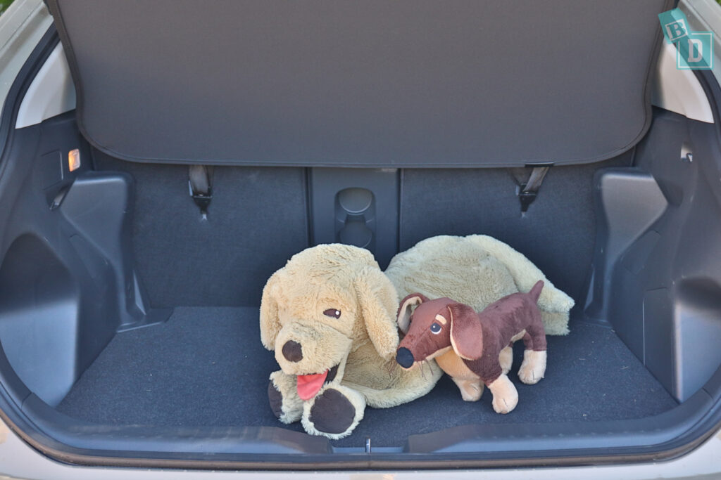 2021 Toyota Yaris boot space for dogs with two rows of seats in use