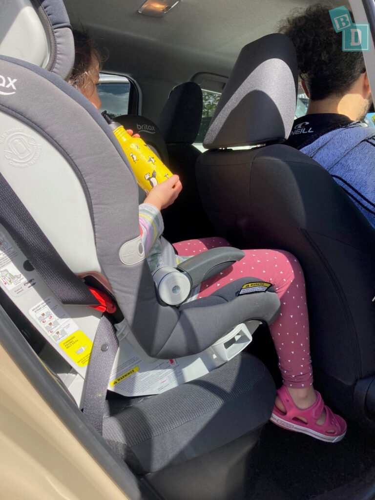2021 Toyota Yaris legroom with forward-facing child seats installed in the second row