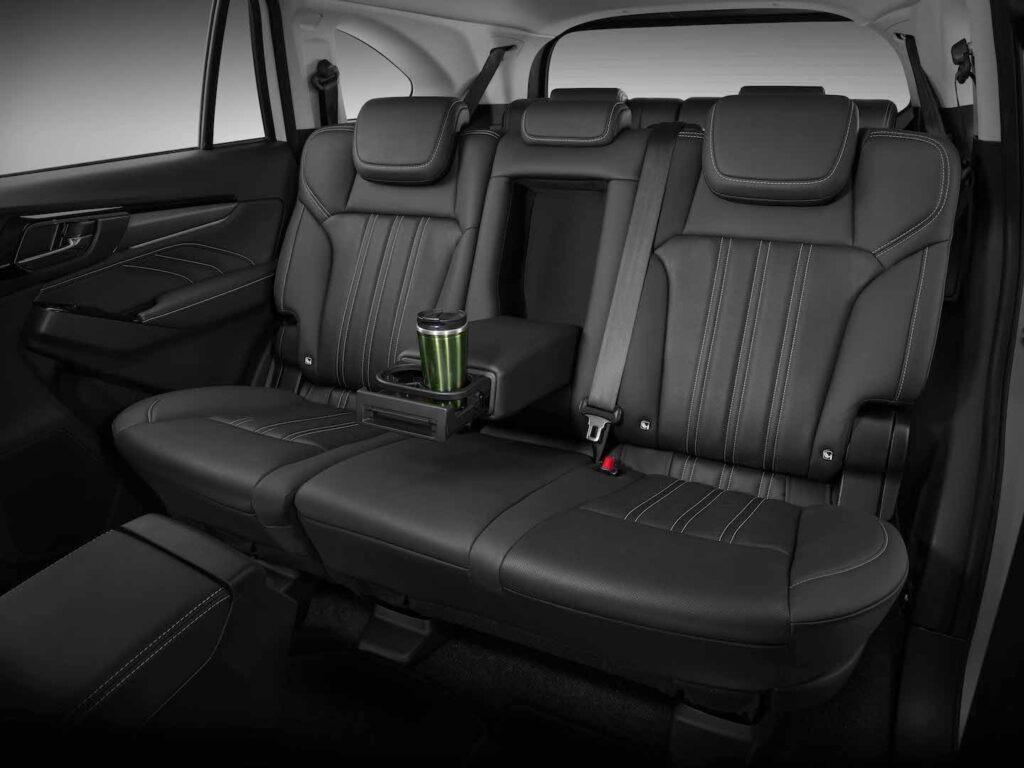 Isuzu MU-X 3 Seats Second Row