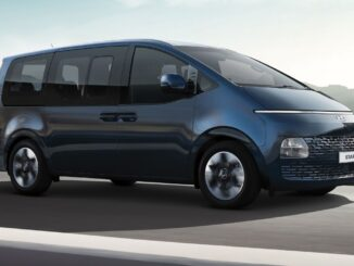 2022 Hyundai Staria people mover featured