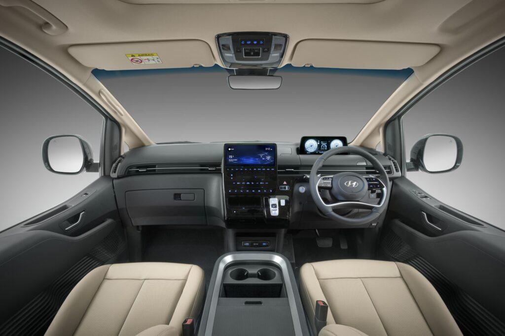 Hyundai Staria front interior 2022