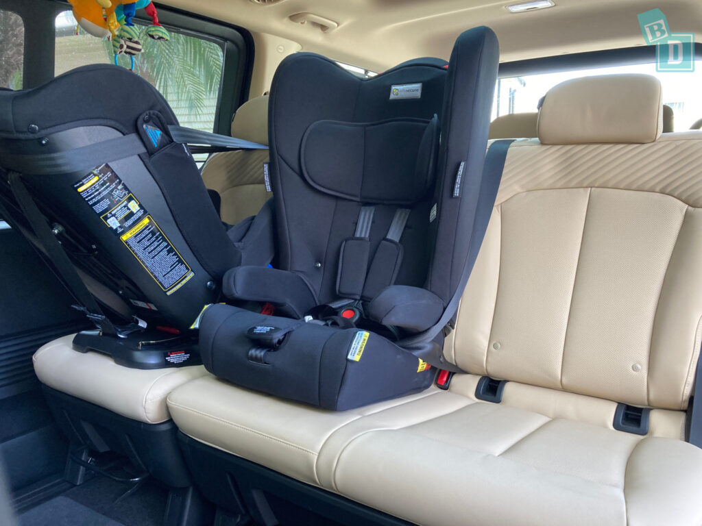 2022 Hyundai Staria Highlander with forward and rear facing Infasecure child seats installed