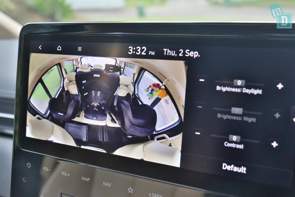 2022 Hyundai Staria Highlander rear seat monitor camera
