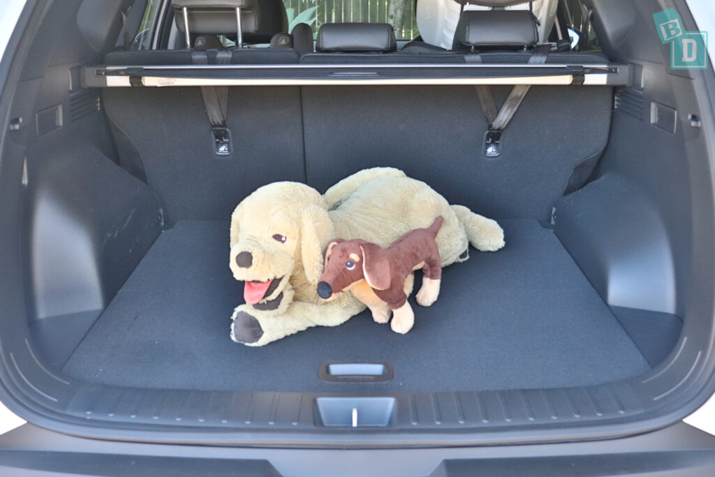 2021 Hyundai Tucson Elite boot space for dogs with two rows of seats in use